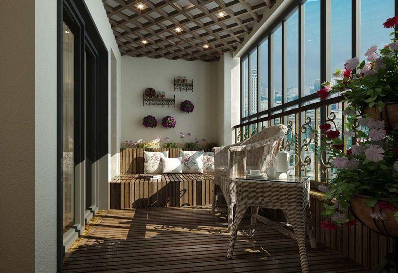 弧形阳台装修则需要安装特殊的转角无框阳台窗,可以利用滚轮的水平