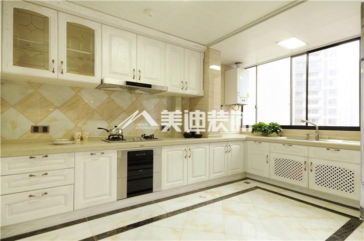 融科东南海新奢古典风装修案例图—厨房