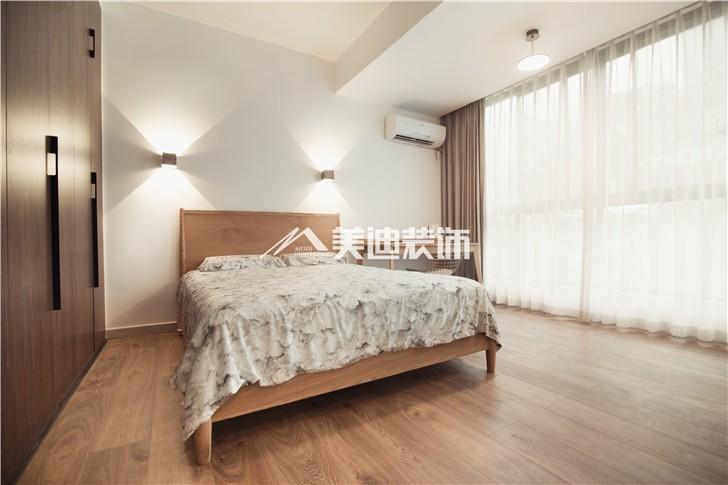 金科东方大院150平MIJI生活风装修案例图—卧室