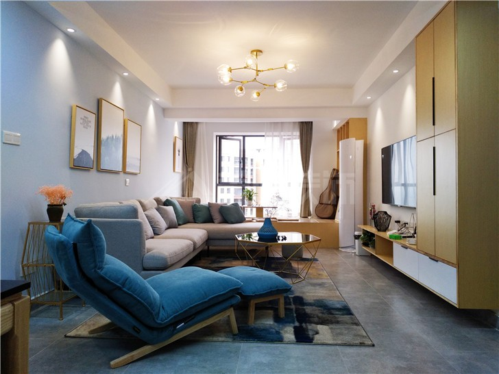 兰亭湾畔114平北欧风装修案例图—客厅