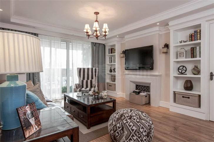 沁园春140平美式风装修案例图—客厅